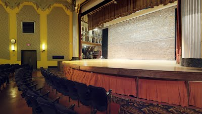 https://sites.google.com/a/virtualtoursdowneast.com/virtual_tours/museums/theater-seat-views/My%20Seats.jpg
