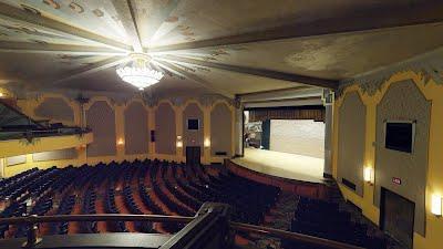 https://sites.google.com/a/virtualtoursdowneast.com/virtual_tours/museums/theater-seat-views/seat%20view%20balcony%20right.jpg