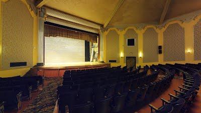 https://sites.google.com/a/virtualtoursdowneast.com/virtual_tours/museums/theater-seat-views/seat%20view%20left%209.jpg
