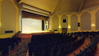 https://sites.google.com/a/virtualtoursdowneast.com/virtual_tours/museums/theater-seat-views/seat%20view%20left%209.jpg